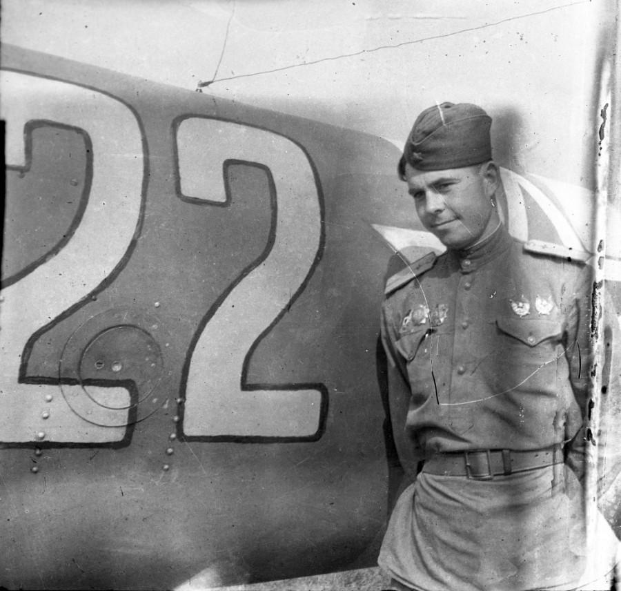 Дважды Герой – штурмовик на Ил-2 и космонавт