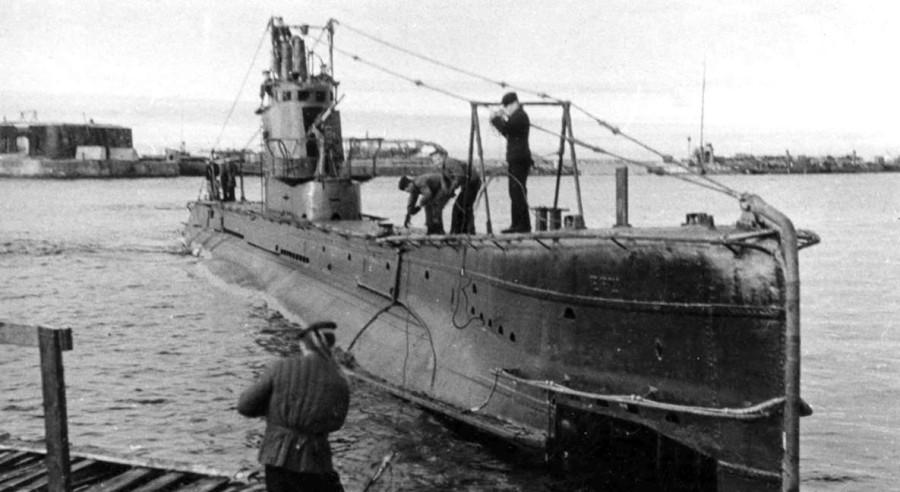 История одного дезертирства с подводной лодки