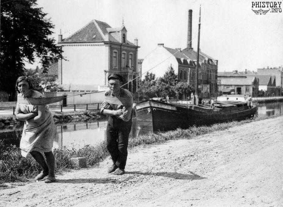 Бурлаки, но не Волге, а в цивилизованной Голландии в 1934 году