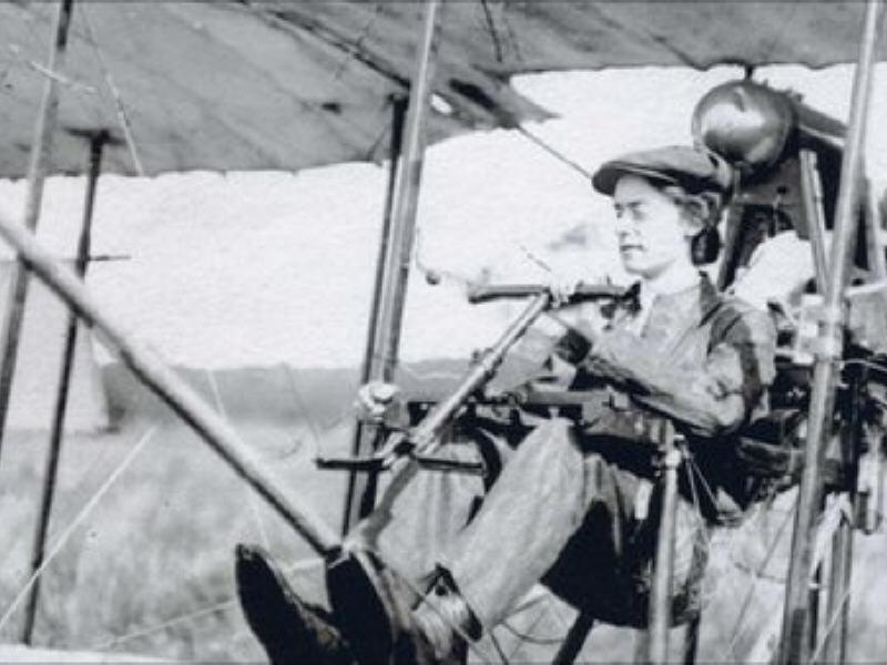Что будет, если сказать суфражистке, что женщина и техника – несовместимы? Первый ирландский самолет