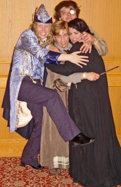 Costumes DADA group hug