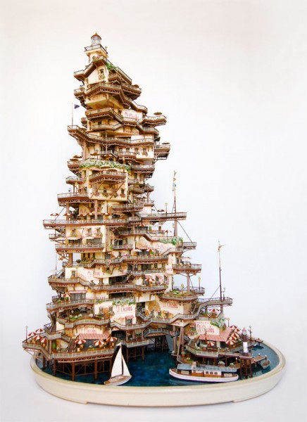 Скульптор Takanori Aiba Япония -4- Ice Cream Packages Tower