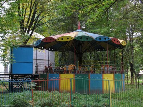 Рославль, парк, карусель