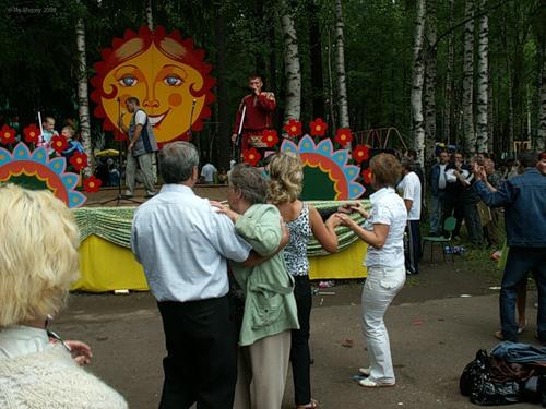 День города Вичуги. Выступление и танцы