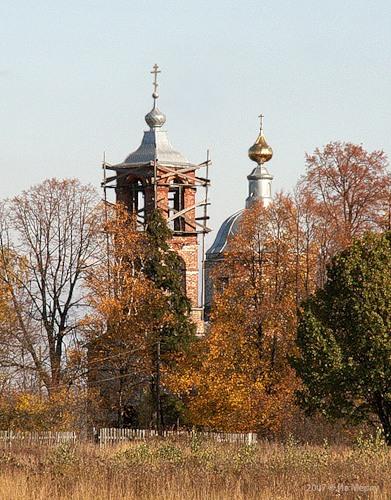 Петропавловская церковь (1842) в Стрелке