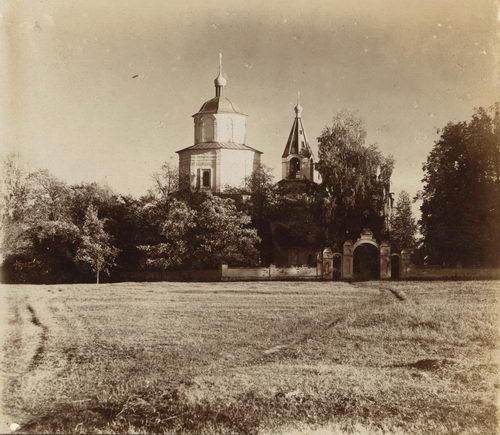 Богородицкая церковь (1744) в Борщёвке в начале XX в. Фото Прокудина-Горского