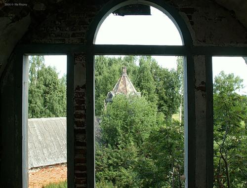 Вид на часовню. Троицкая церковь в с. Кой (2006)