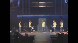 [DVD] ARASHI 2003¡¸How¡¯s it going£¿¡¹MC logo~1.avi_snapshot_03.32_[2013.11.24_16.26.53]