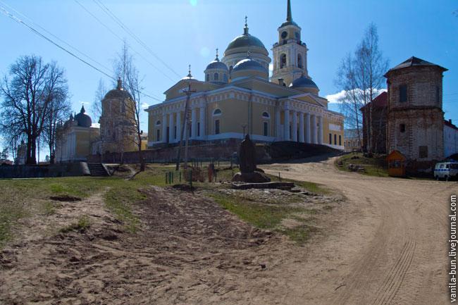 15_территория монастыря Нилова пустынь