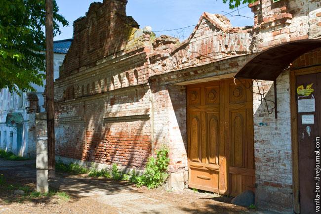 15_разрушенный-дом-в-Калязине