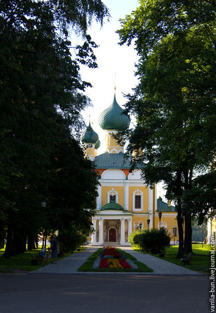 Спасо-Преображенский-собор-в-Угличе