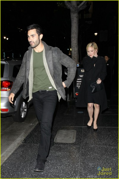 brittany-snow-tyler-hoechlin-katusya-dinner-duo-01