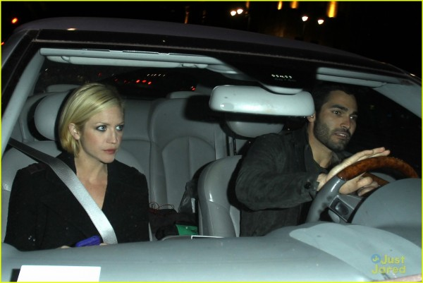 photo of Tyler Hoechlin  - car