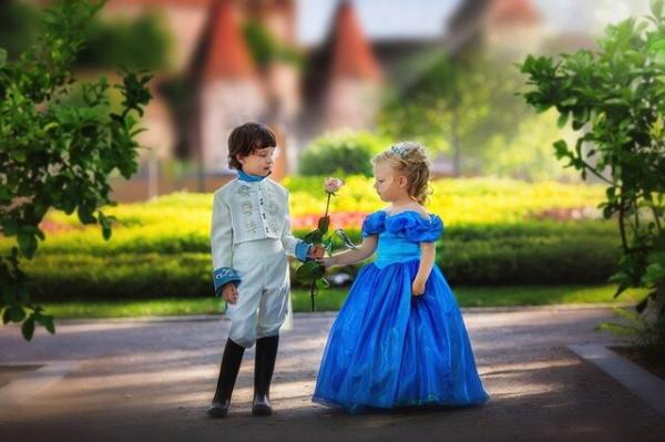 principe-principessa-lettura.jpg
