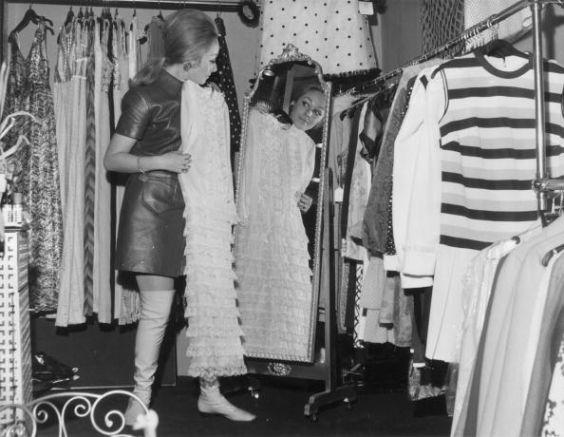 big-moda-anni-60-abitino-di-pelle