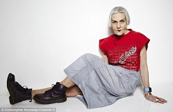 Взрослая женщина в кожаных брюках фото фото 747-853