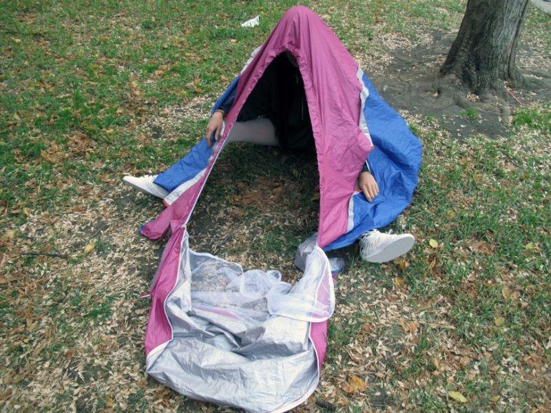 Кроссовки-палатка - уникальное туристическое изобретение