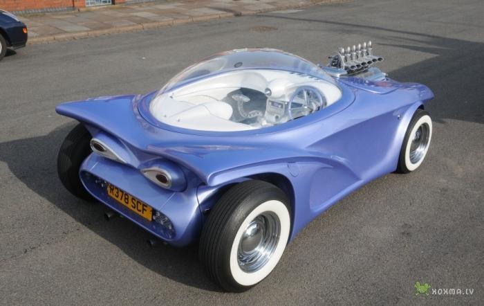 Автомобиль из мусора Cosmotron