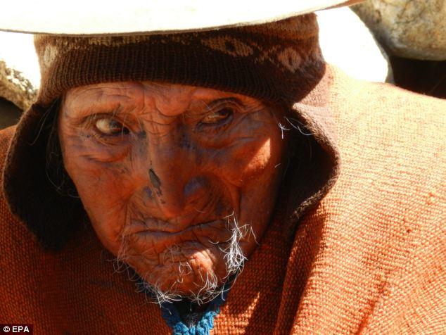 123-летний Флорес Лаура - самый старый человек в мире
