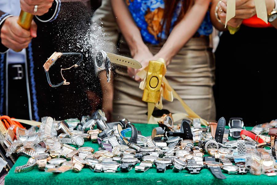 В Тайланде уничтожили 90 тонн контрафакта...