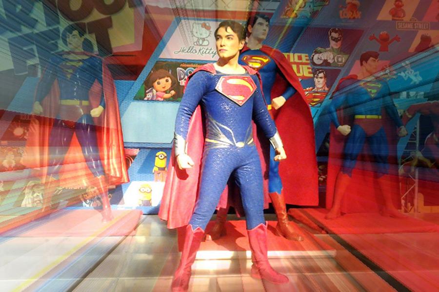 13 пластических операций и филиппинец стал похож на Супермена