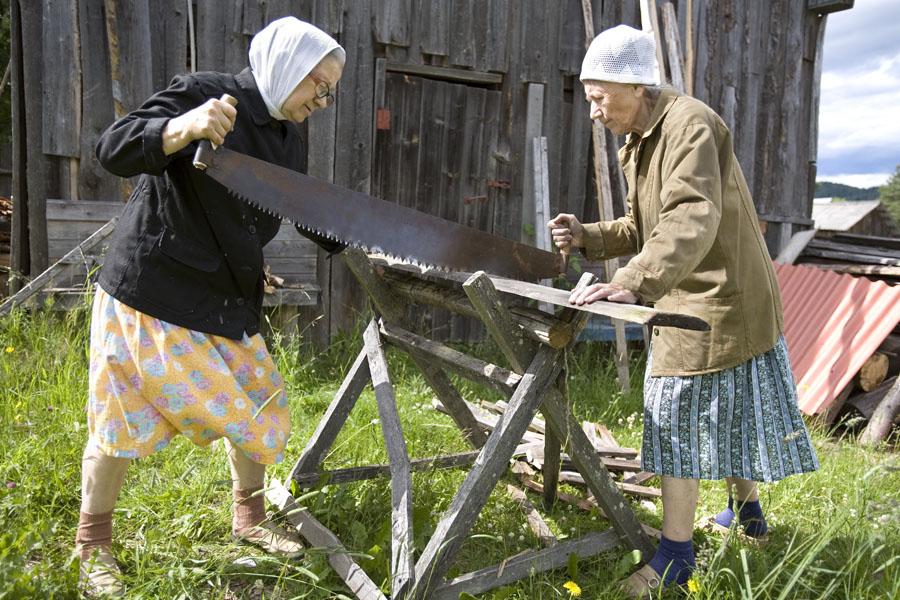 Фотопроект о жизни русских тетушек из российской глубинки получил американскую премию