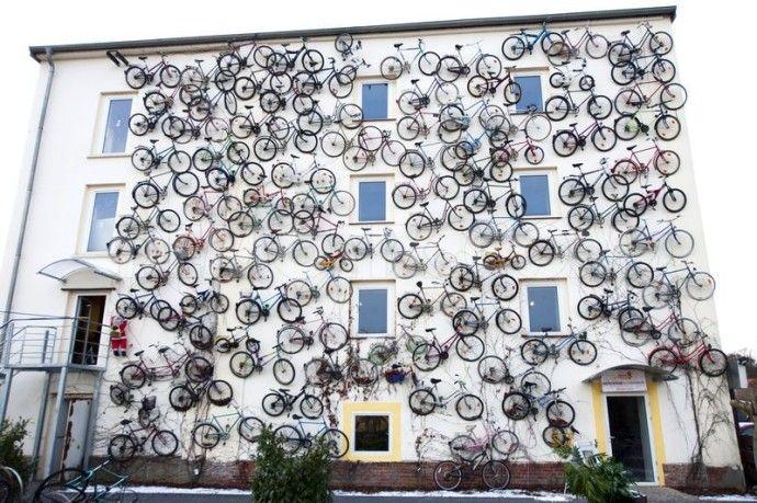 Этому магазину велосипедов не нужны вывеска и складское помещение тоже не нужно