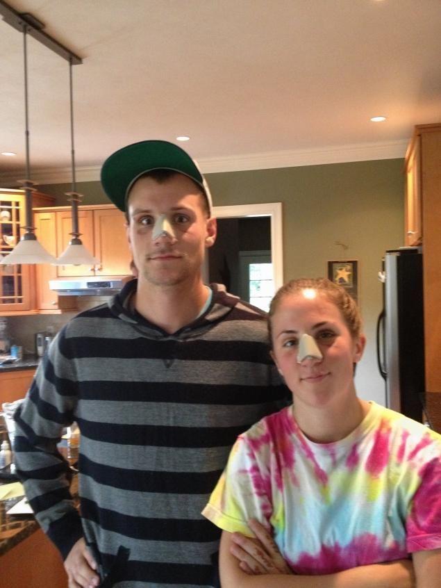 Брат и сестра - профессиональные футболисты. После неудачного матча...