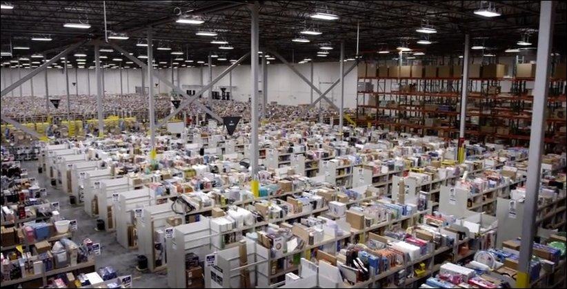 Роботы-доставщики на службе у Amazon