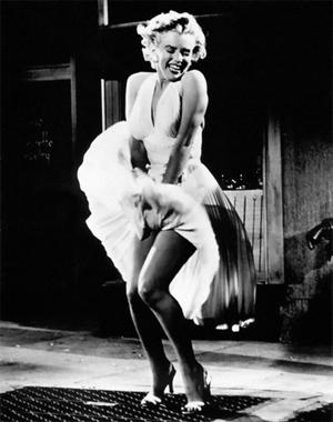 Мэрилин Монро в белом платье