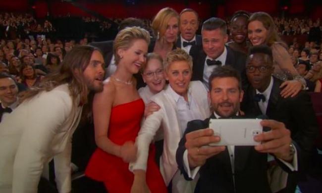 Совместное фото звезд на Оскаре-2014 сломало Твиттер