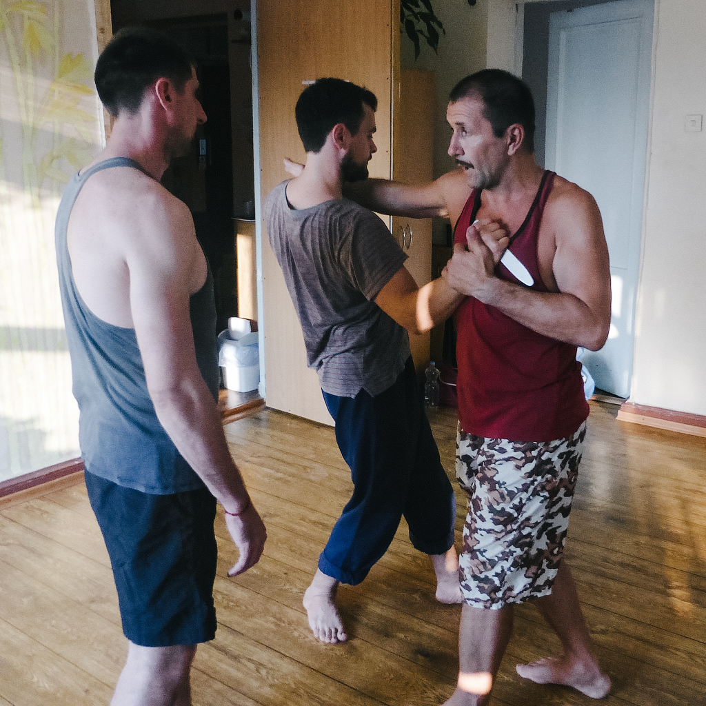 самооборона самозащита Днепр тренировка Варганчик