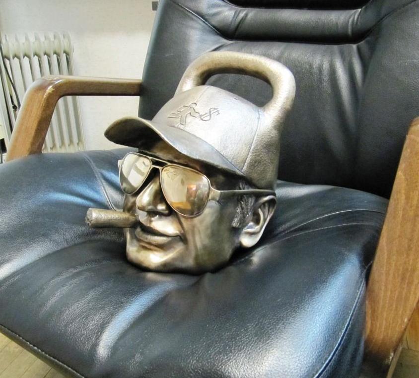 Д. Екимов, гиря. Игорь Белов - профессиональный скульптор