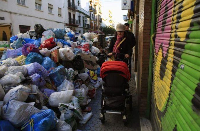 В Испании мусор не убирают