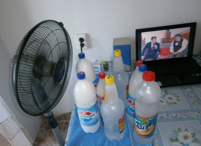 Кондиционер своими руками из вентилятора и бутылки видео
