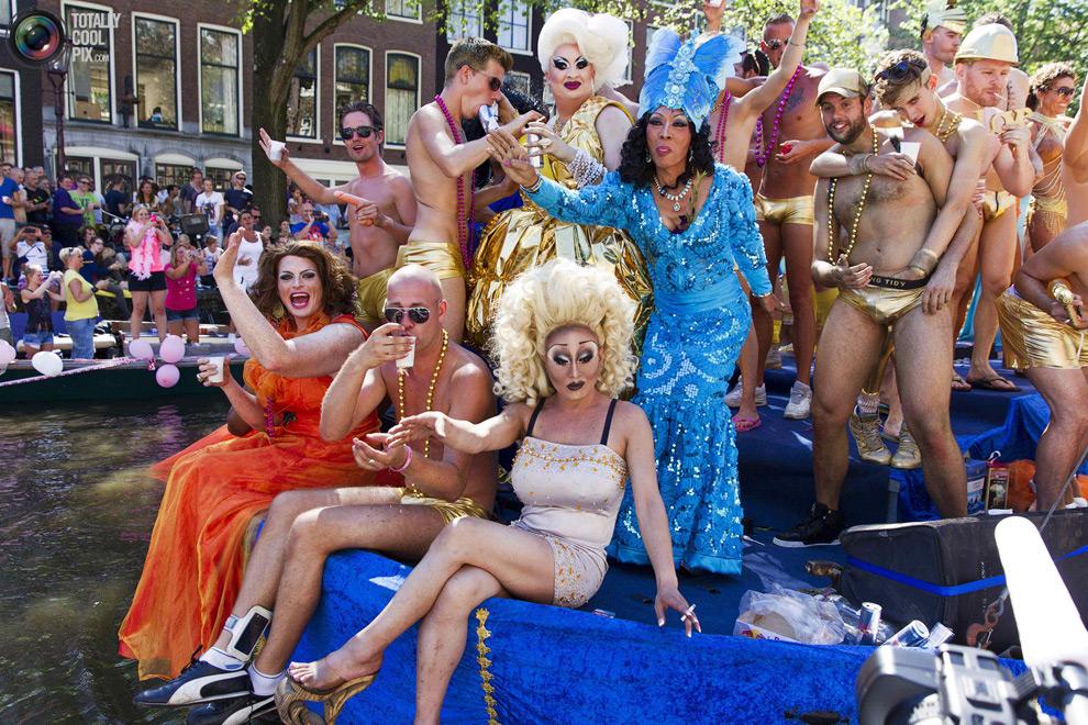 Гей-фестиваль в Амстердаме