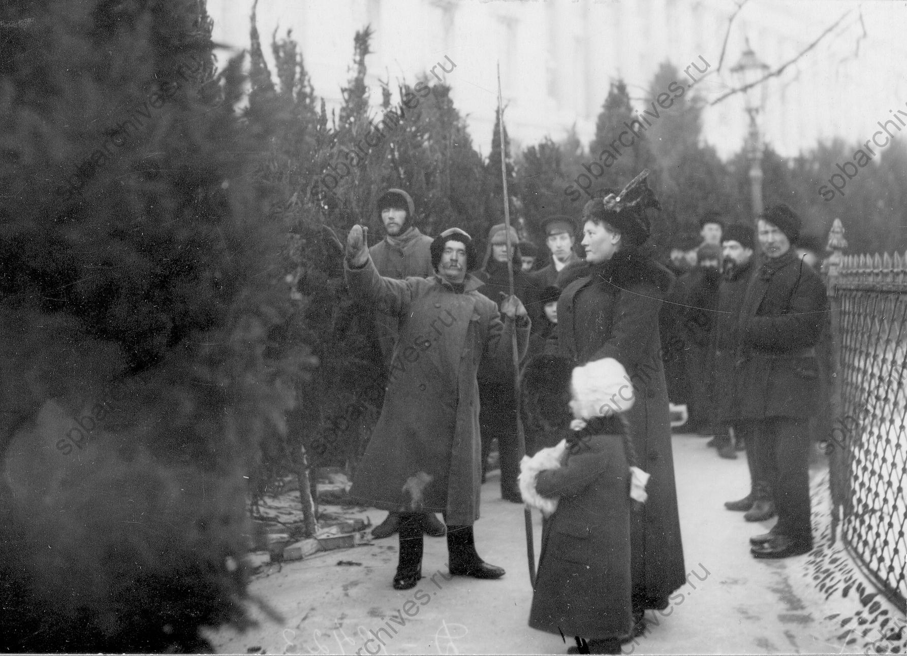1913. Елочный базар перед рождеством