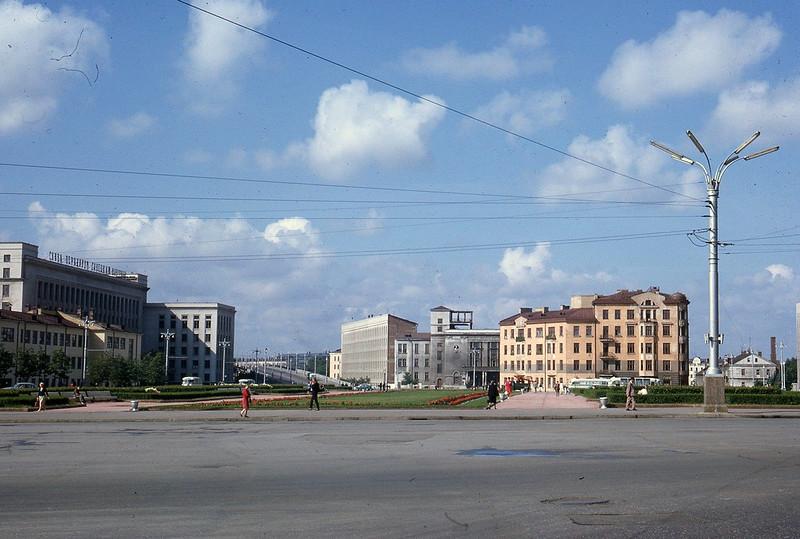 1965 Street Scene Minsk2.jpg
