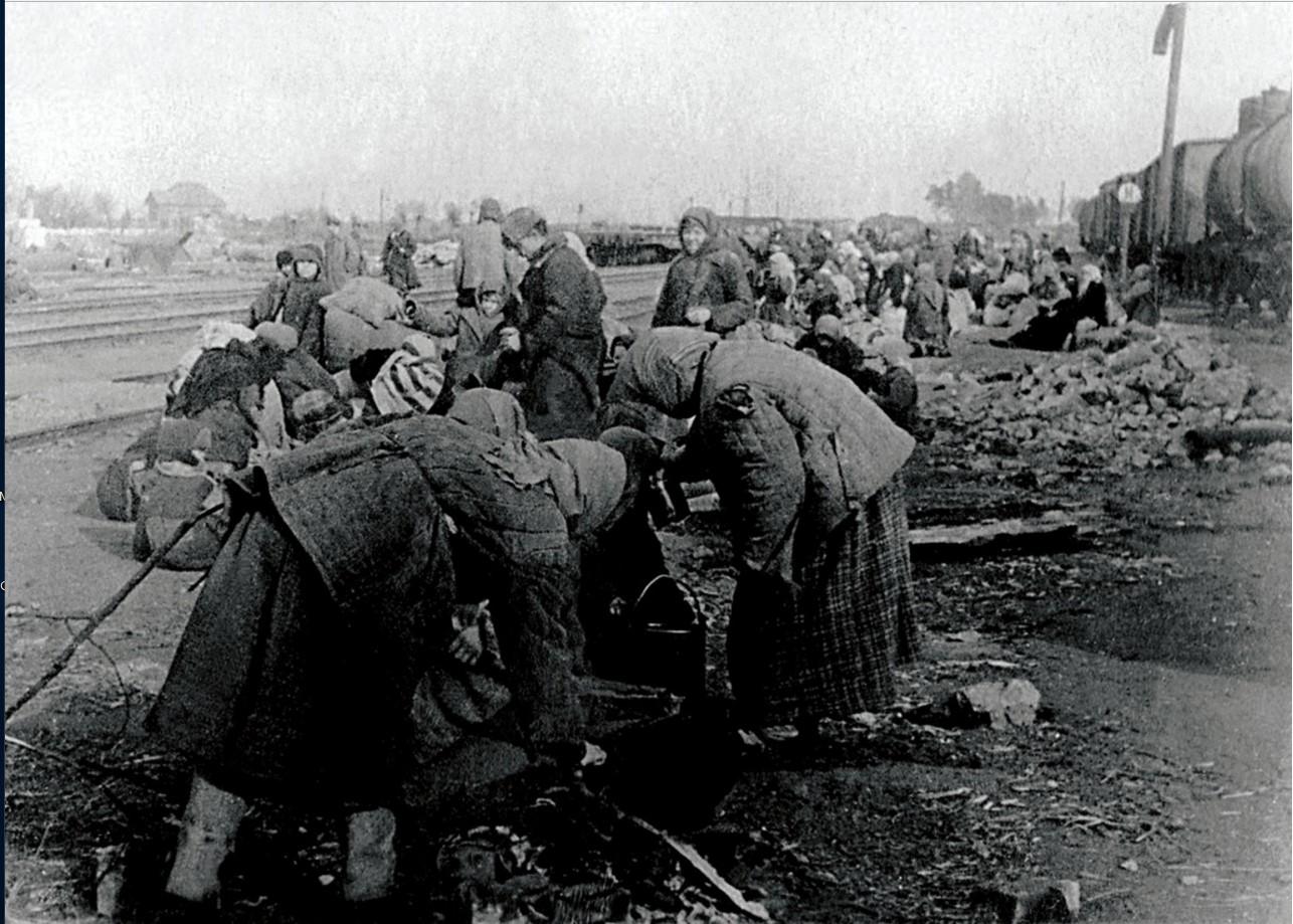 1941. Прифронтовая полоса. Беженцы