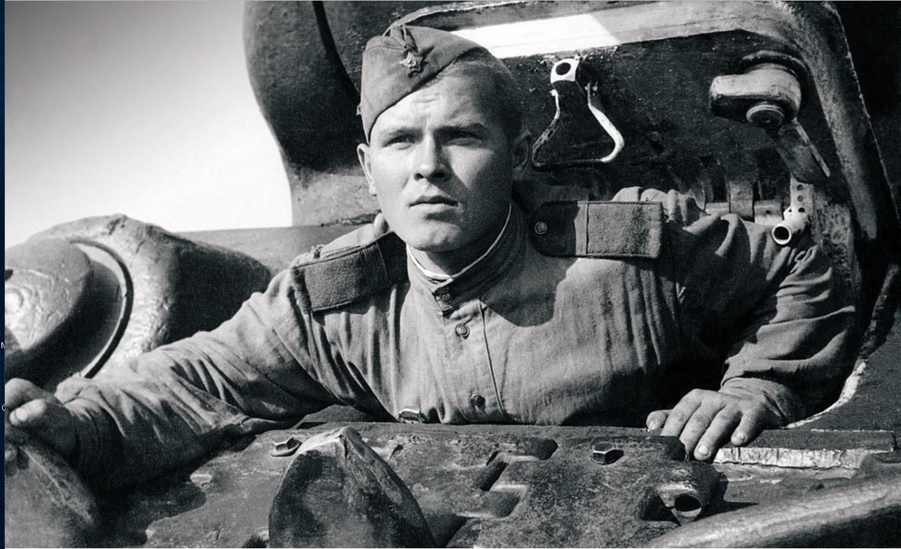 1943. Действующая армия. Уральский добровольческий танковый корпус. Механик-водитель гвардии старший сержант Н. Круглов