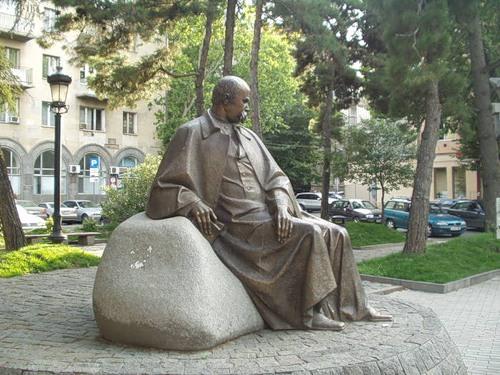 Памятник Шевченко в Тбилиси