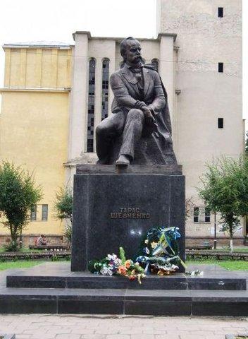 Памятник Шевченко в г. Сокаль