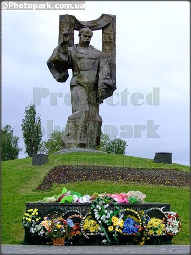 Памятник Шевченко в Ковеле