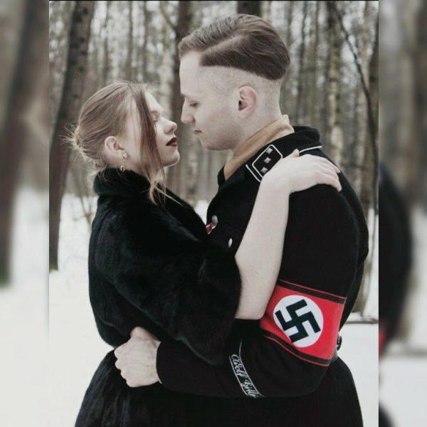 Полицейский из Днепропетровска устроил свадебную фотосессию в форме солдата СС