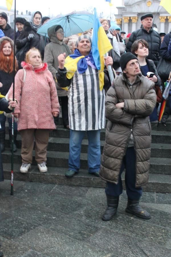Этот день в истории: Евромайдан-2013. Своими глазами