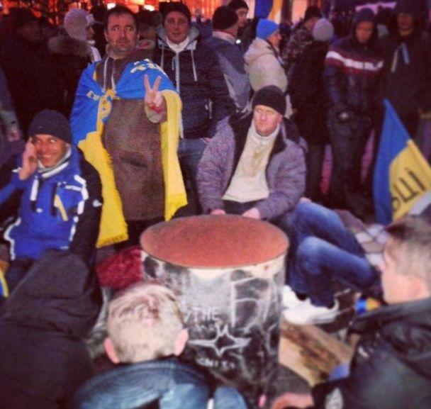Баррикады на улицах Киева9