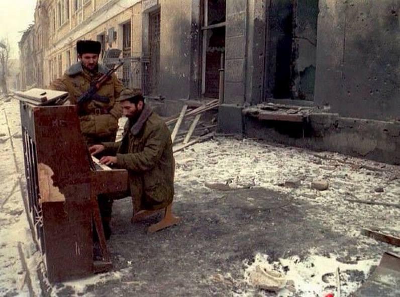 Пианино_Чеченские боевики