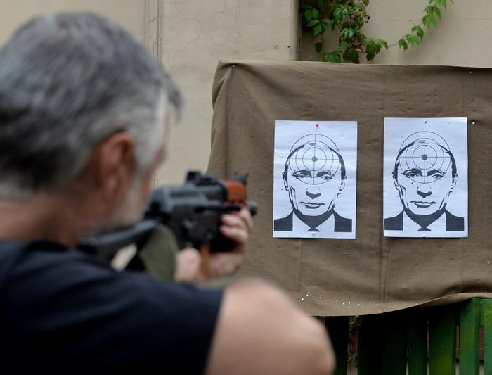 Yurko Dyachyshyn_(Putin in Lviv)_12_resize