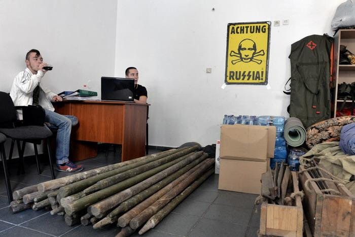 Yurko Dyachyshyn_(Putin in Lviv)_29_resize