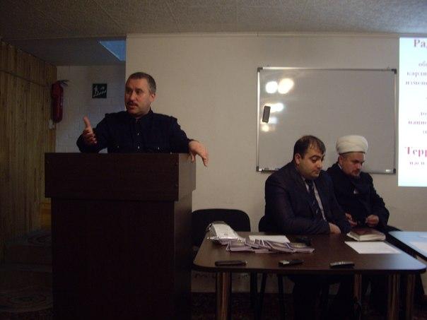 ГлавЦПЭшник Свердловской области Карапетян завёл себе ручную и послушную «эксперта» Юлю Тагильцеву